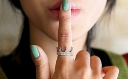 Жесты и кольца, связанные с пальцами рук